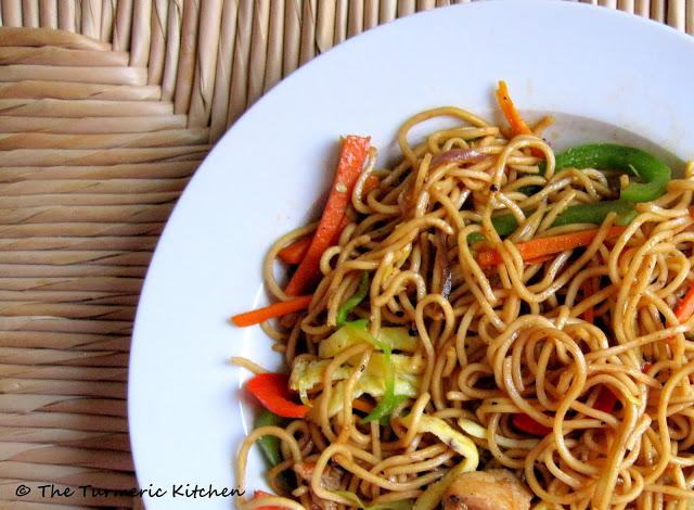 Chilli garlic chow mein chinese cuisine with indian flare the nothing quite compares to the din and bustle of a busy indian street adding to it are the ever bustling food corners scattered all around the place forumfinder Gallery